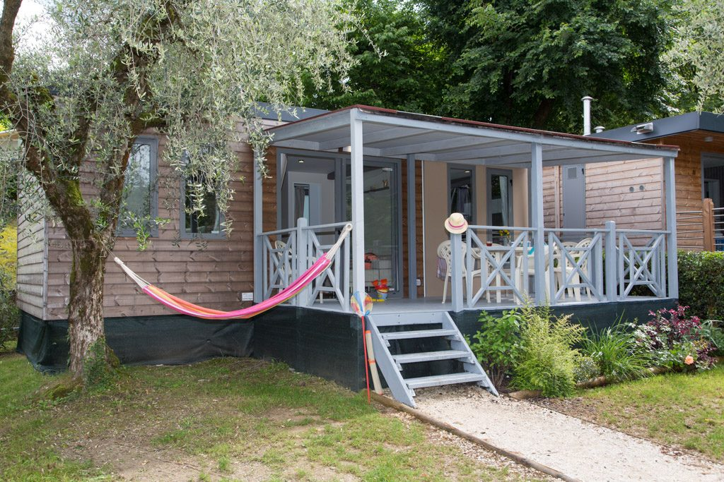 Cottage-Next-8616
