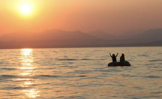 3x met je (speed)boot naar het Gardameer