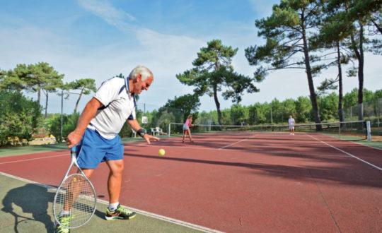 3x campings met een tennisbaan