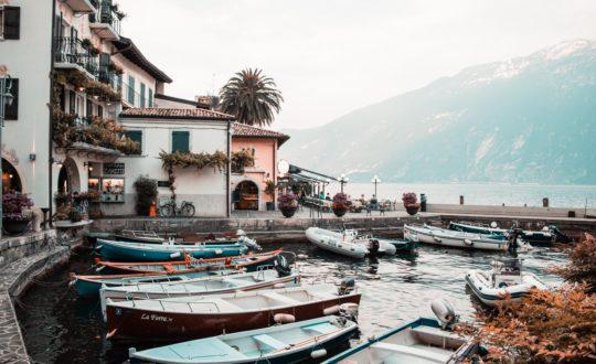 Met de boot op vakantie naar het Gardameer? Hier dacht je waarschijnlijk niet aan.