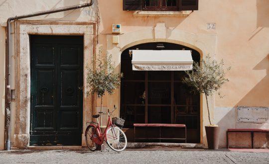 Bucketlist idee: zwevend fietspad rond het Gardameer