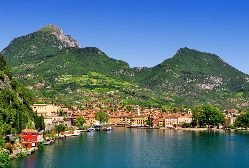 Riva del Garda uitzicht aan het Gardameer